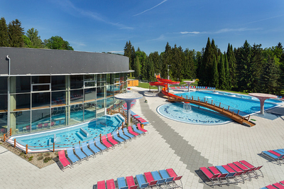 Outdoor pools and water atractions in THERME LOSINY